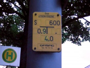 Gas pipe sign with ID Number – Database Derive